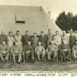 Officiers du régiment de Montmagny, en présence du Brigadier P.-E. Bernatchez, en 1945. Photo : Collection Centre d'histoire de Montmagny